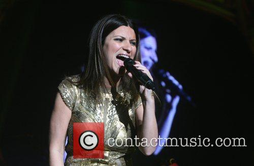 laura pausini performing live in concert at 3895590