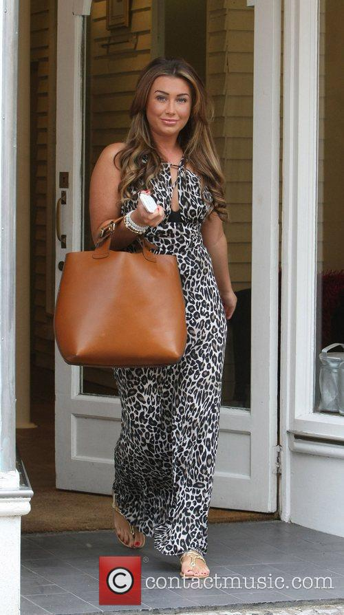 lauren goodger from the only way is 4014952