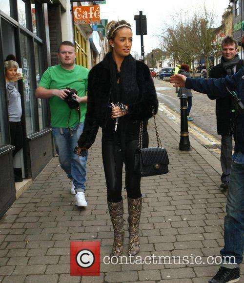 Arrives at Lauren's Way salon, which is based...