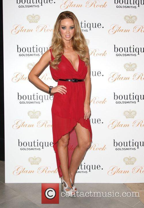 Lauren Pope DJ's at boutique. Goldsmiths at Westfield...