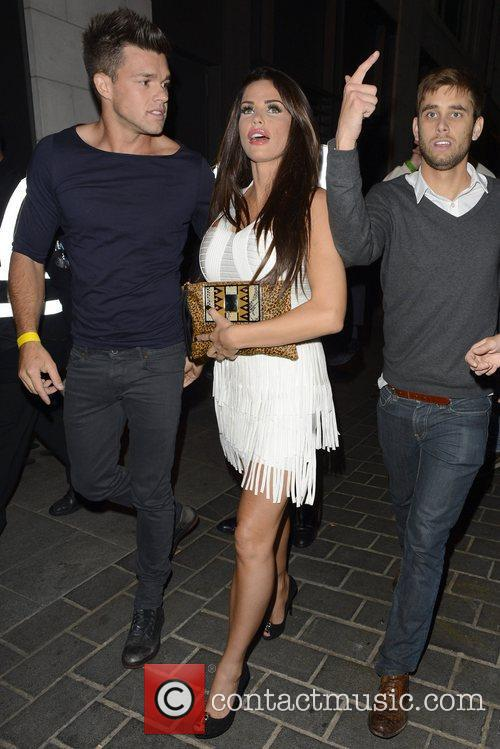 Katie Price, Jordan and Leandro Penna 1
