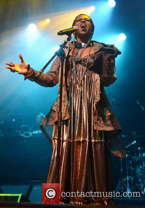 Lauryn Hill and Indigo2 10
