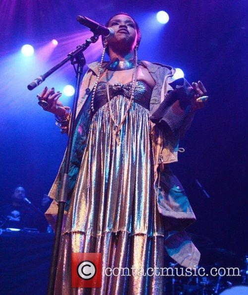 Lauryn Hill and Indigo2 12