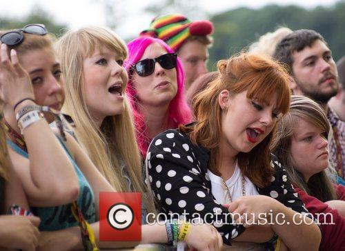 Atmosphere, Mystery Jets and Leeds & Reading Festival 4