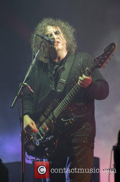 Robert Smith, The Cure and Leeds & Reading Festival 14