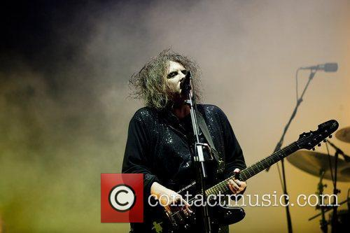 Robert Smith, The Cure and Leeds & Reading Festival 15