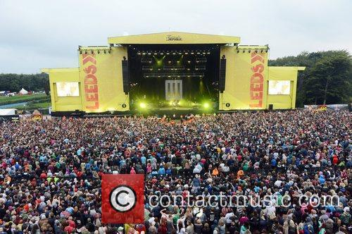 Atmosphere, Robert Smith and Leeds & Reading Festival 7