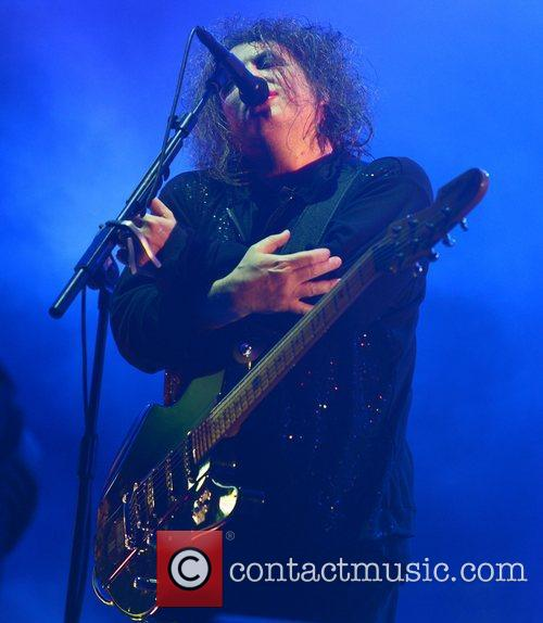 Robert Smith, The Cure and Leeds & Reading Festival 2
