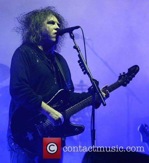 Robert Smith, The Cure and Leeds & Reading Festival 4