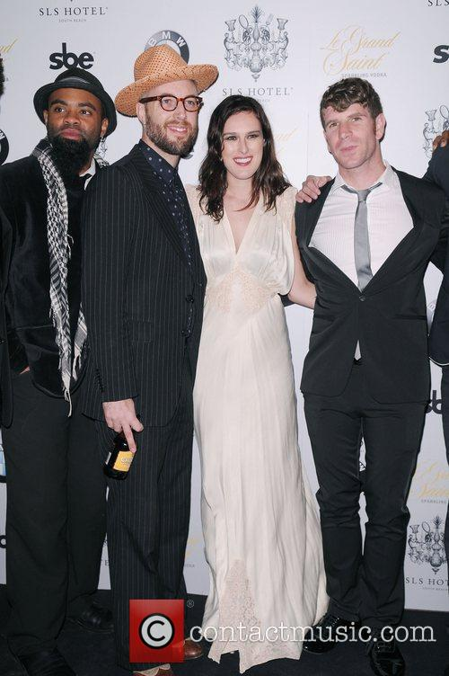 Rumer Willis and Capital Cities 3