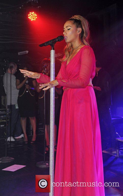 leona lewis performing live at g a y at 4125600