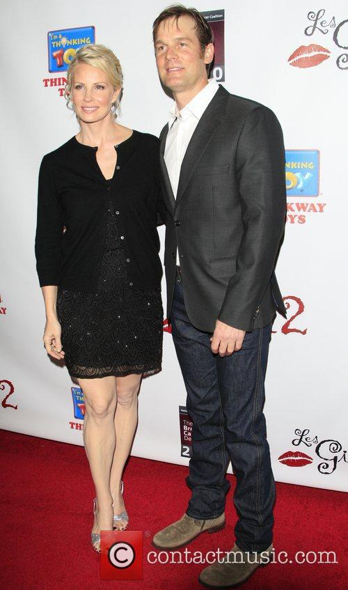 Monica Potter and Peter Krause Les Girls 12th...