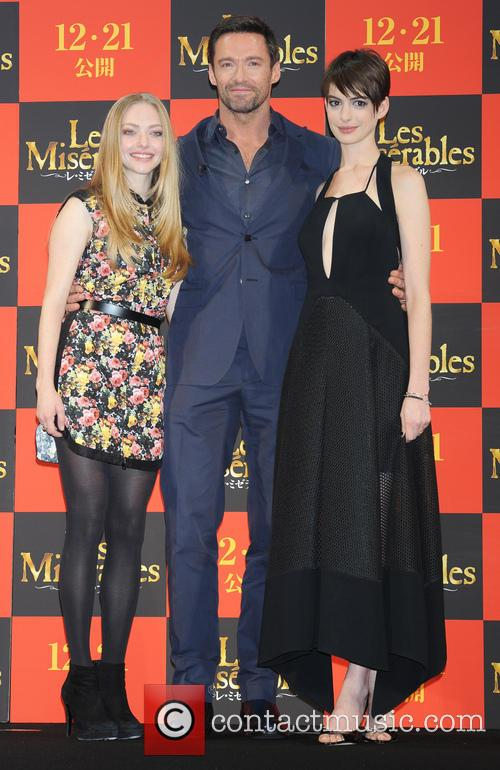 Amanda Seyfried, Les Miserables, Hugh Jackman and Anne Hathaway 1