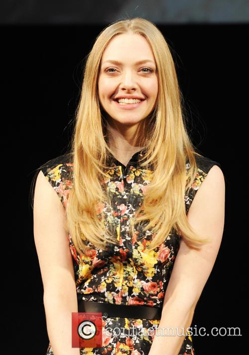 Amanda Seyfried and Les Miserables 3
