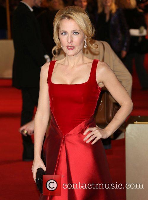 Gillian Anderson and Empire Leicester Square 1
