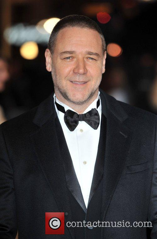 Russell Crowe and Empire Leicester Square 7