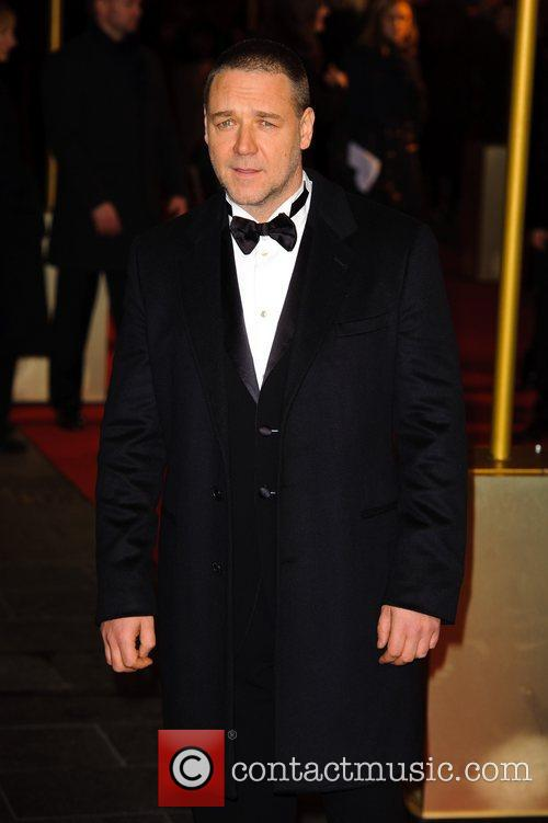 Russell Crowe and Empire Leicester Square 6