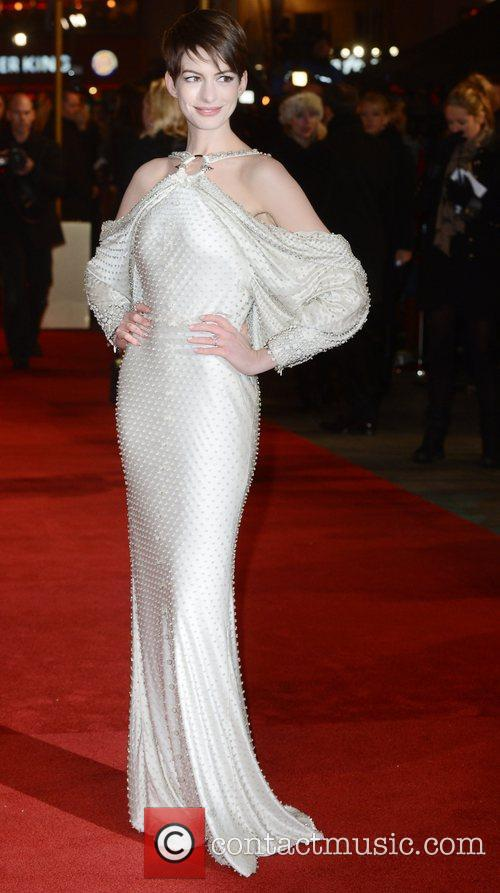 Anne Hathaway, Les Miserable, Odeon, Leicester Square, London and England 12