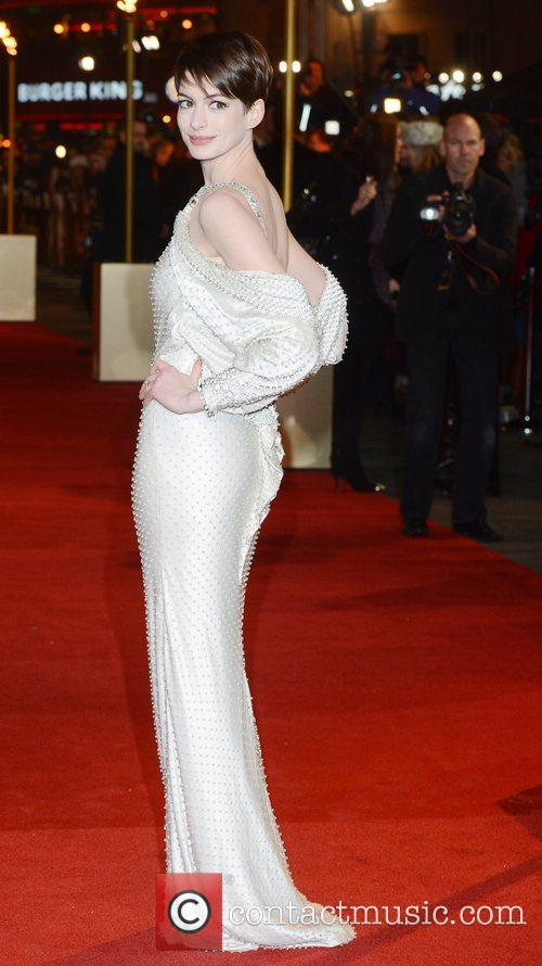 Anne Hathaway, Les Miserable, Odeon, Leicester Square, London and England 7