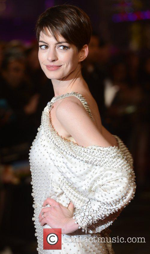 Anne Hathaway, Les Miserable, Odeon, Leicester Square, London and England 13