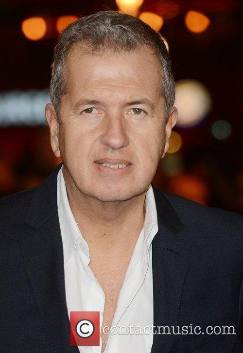 Mario Testino, Les Miserable, Odeon, Leicester Square, London and England 6
