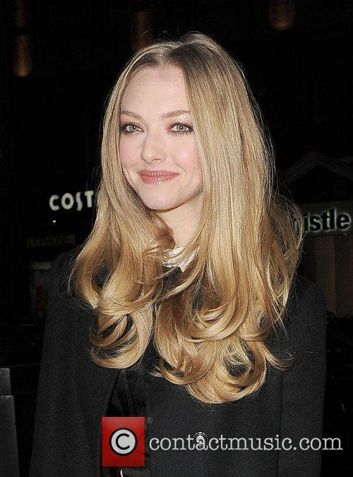 Amanda Seyfried, Empire Cinema, Leicester Square and Les Miserables 9