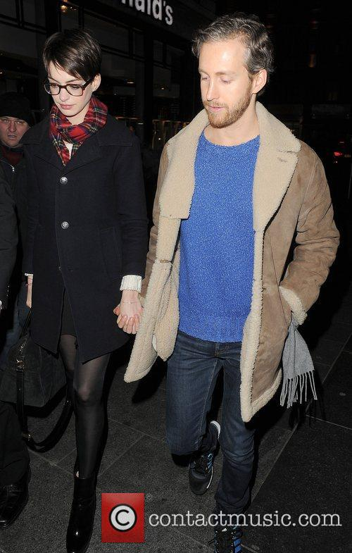 Anne Hathaway, Adam Shulman, Empire Cinema, Leicester Square and Les Miserables 9