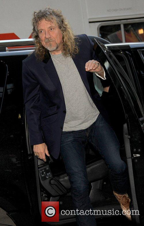 Robert Plant arrives for Letterman