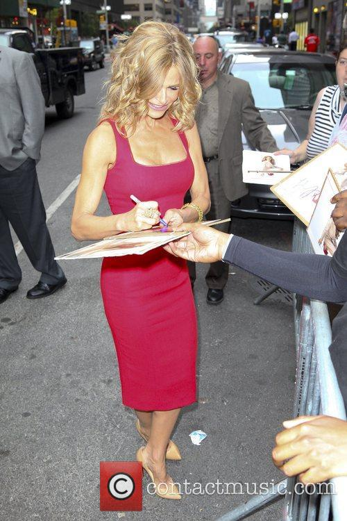 kyra sedgwick the late show with david 5880773