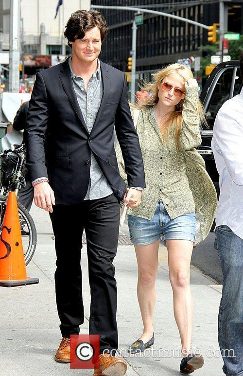 Benjamin Walker and Mamie Gummer 7