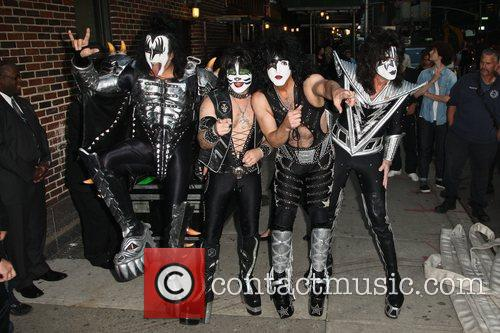 Gene Simmons, Paul Stanley, Eric Singer, Tommy Thayer, Kiss and Ed Sullivan Theatre 13