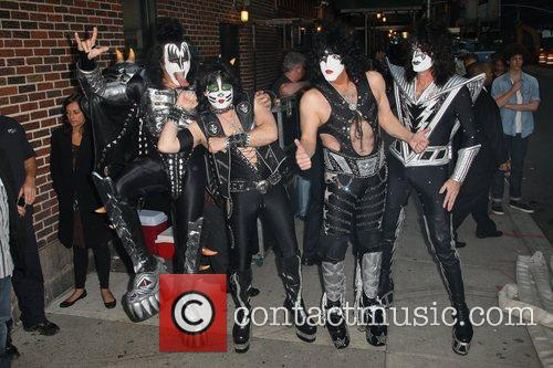 Gene Simmons, Paul Stanley, Eric Singer, Tommy Thayer, Kiss and Ed Sullivan Theatre 12