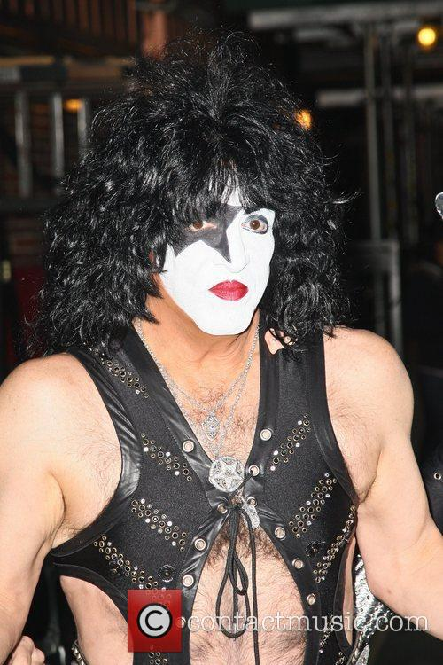 Paul Stanley and Kiss 6