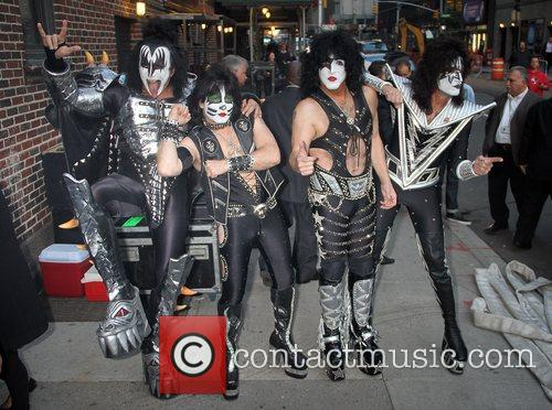 Gene Simmons, Paul Stanley, Eric Singer, Tommy Thayer, Kiss and Ed Sullivan Theatre 10