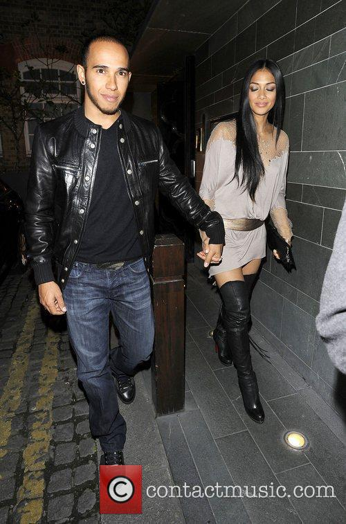 lewis hamilton and nicole scherzinger hold hands 3813940