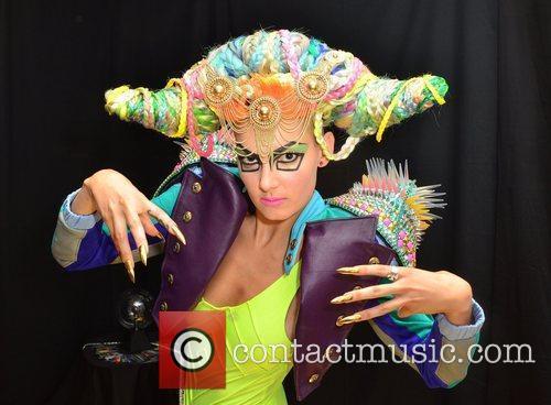 London Fashion Week Spring/Summer 2013 - Blow Live...