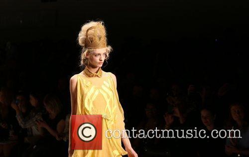 Model London Fashion Week Spring/Summer 2013 - Bora...