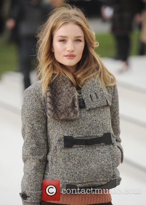 Rosie Huntington-Whiteley - London Fashion Week - Autumn/Winter...