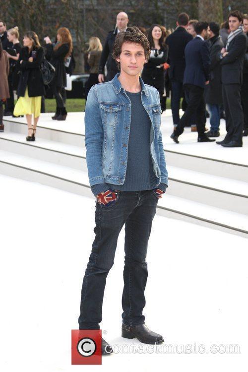 Sam Beeton London Fashion Week - Autumn/Winter 2012...