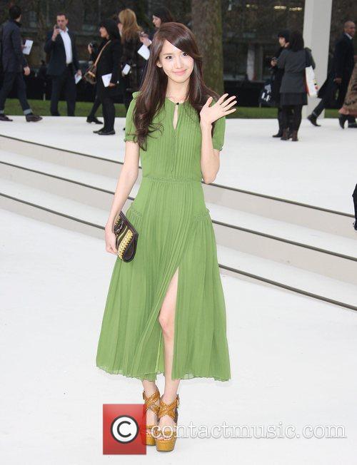 Seohyun of 'Girls Generation'  London Fashion Week...