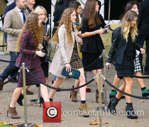 Guests and London Fashion Week 3