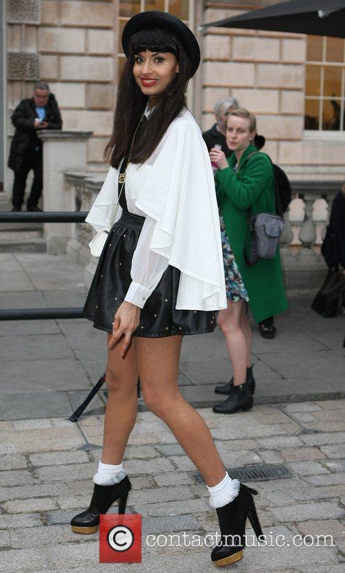 Jameela Jamil and London Fashion Week 5