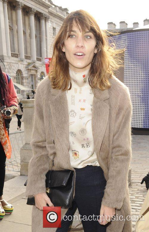 Alexa Chung and London Fashion Week 3
