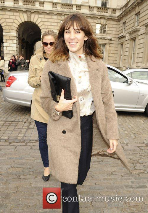 Alexa Chung and London Fashion Week 7
