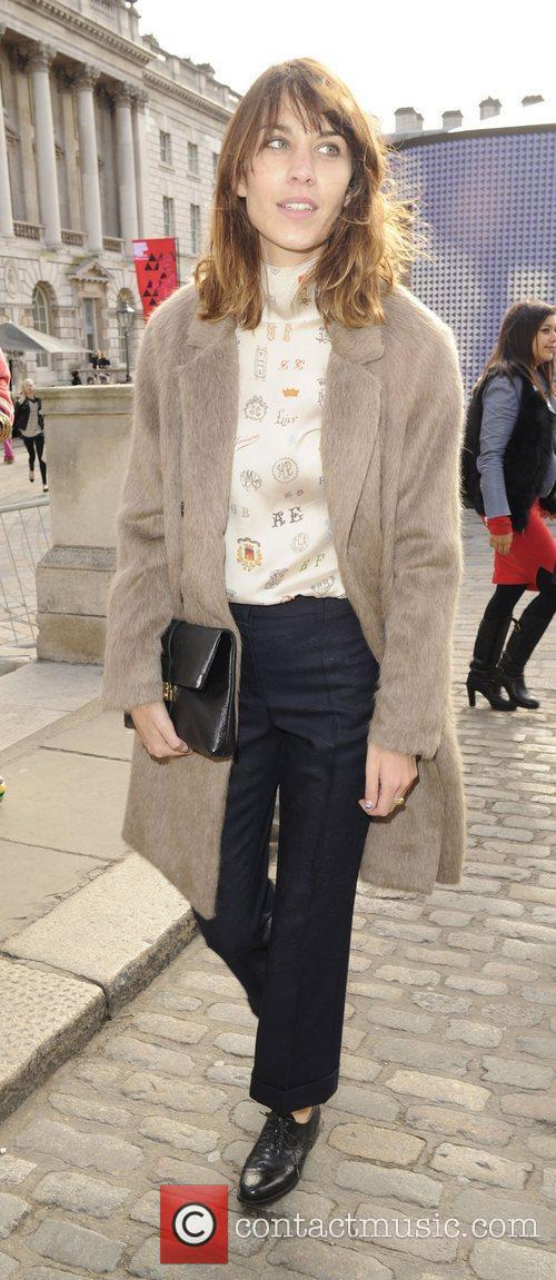 Alexa Chung and London Fashion Week 9