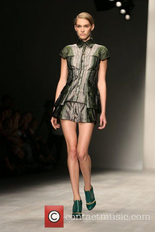 London Fashion Week Spring/Summer 2013 - Dion Lee...