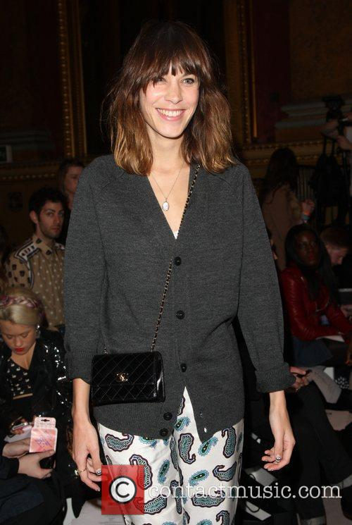 Alexa Chung and London Fashion Week 8