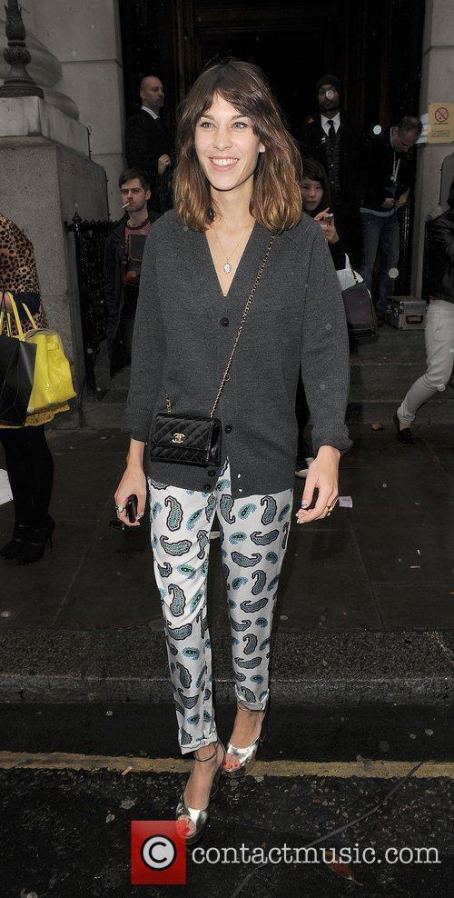 Alexa Chung and London Fashion Week 9