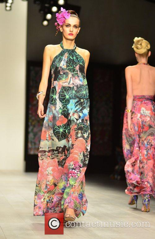 London Fashion Week Spring/Summer 2013 - Issa -...