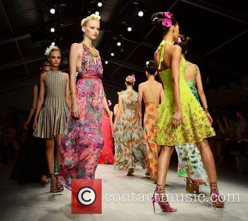 Models London Fashion Week Spring/Summer 2013 - Issa...